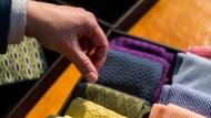 Lebensfroh: Mit einem neuen Label für Accessoires bringt das Familienunternehmen Bayam Farbe in die Männerwelt