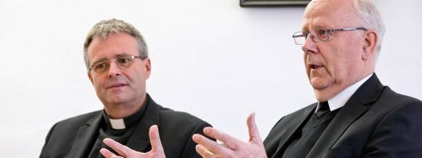 Limburger Führungsduo: Der Apostolische Administrator Manfred Grothe (rechts) und sein Ständiger Vertreter Wolfgang Rösch.