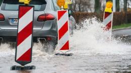Überschwemmte Straßen in Südhessen