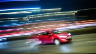 Geschoss: Immer wieder kommt es im Frankfurter Raum zu Unfällen im Zusammenhang mit mutmaßlich illegalen Autorennen (Symbolbild)