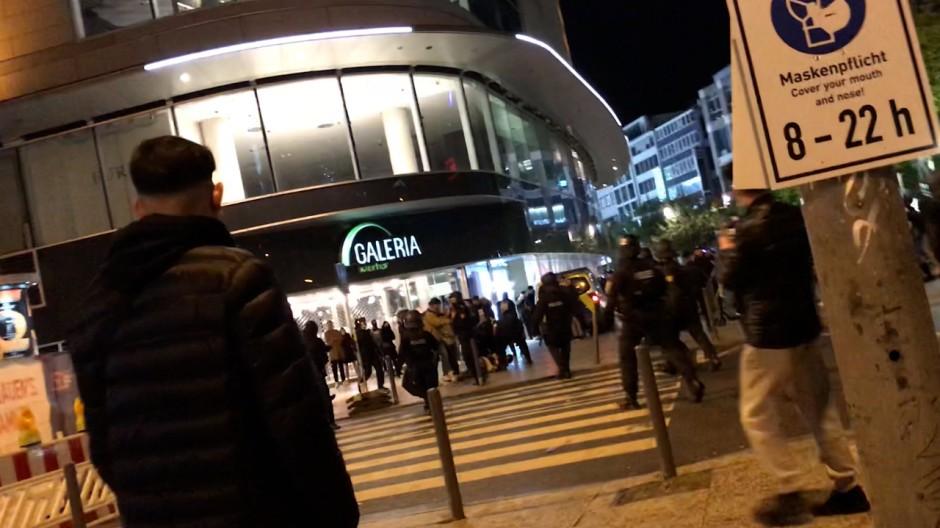 Polizisten an Frankfurter Hauptwache attackiert