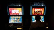 Neuerung: Seit wenigen Tagen dürfen in Gaststätten nur noch zwei Geldspielautomaten aufgestellt werden, zuvor waren es drei