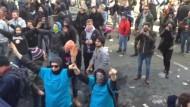 Mit militanten Grüßen aus Genua