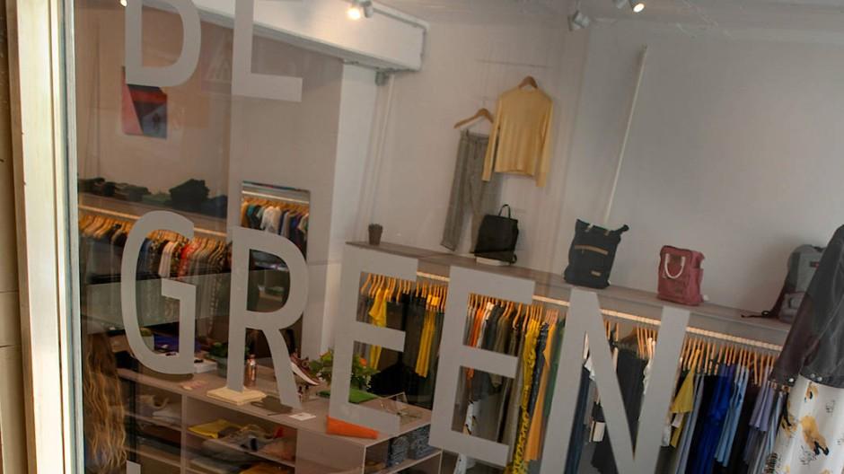 "Newcomer: Boutique von Glore in Frankfurt am Oeder Weg. ""Be Green in any Colour …."""