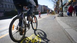 Rentner verfolgt Autodieb per Fahrrad