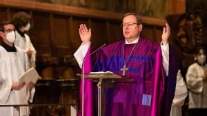 Bischof Bätzing rügt mangelnden Veränderungswillen der Kirche