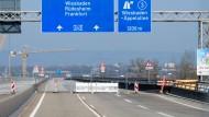 Schiersteiner Brücke soll nach Ostern befahrbar sein