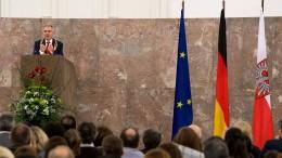 Zahl der Einbürgerungen in Hessen geht zurück