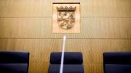 Staatsgerichtshof nach langem Streit wieder komplett