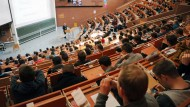 Hessens Hochschulen so voll wie nie