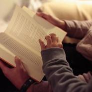 Wie wäre es, ein Buch zu lesen, für das sonst keine Zeit zu sein scheint?