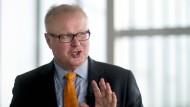 Schäfer erwartet eine Milliarde Euro Kosten