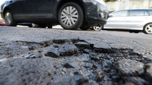 Offensive zur Sanierung der Landesstraßen