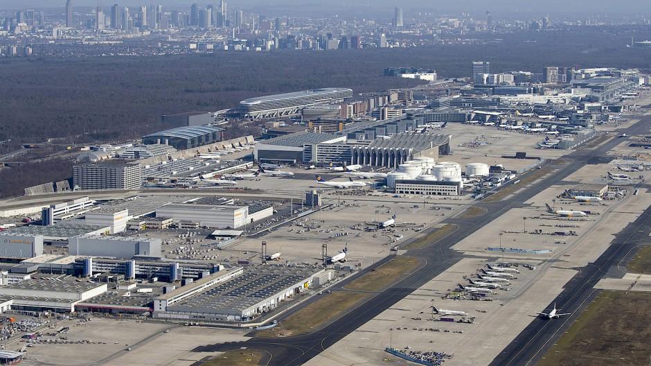 Der Verkehr am Frankfurter Flughafen hat in den vergangenen zwei Monaten deutlich zugenommen.
