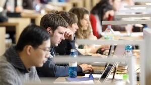 Hochschulen sollen 30 Millionen Euro einsparen