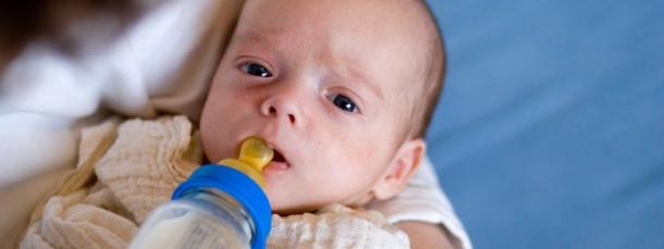 Schwere Geburt: Hebammen helfen dem Nachwuchs auf die Welt. Doch momentan kämpfen sie für den Erhalt ihres Berufsstands.