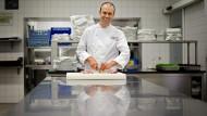 """Will """"Perfektes auf den Teller bringen"""": Andreas Krolik, Koch des Jahres, im Frankfurter Restaurant """"Lafleur"""""""