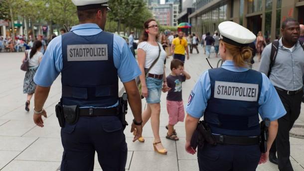 Gestohlene Pistole im Frankfurter Ordnungsamt
