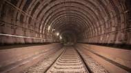 Wird wegen Bauarbeiten abermals gesperrt: Frankfurter S-Bahn-Tunnel