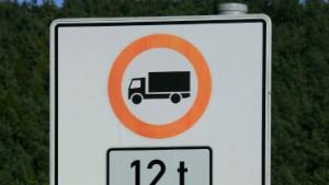 Fernverkehr gehört auf die Autobahn