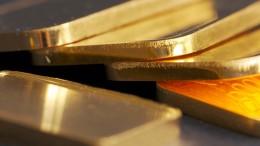 Falsche Polizisten bringen Rentner um kiloweise Gold