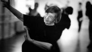Tanzen ist mehr, als an einer Ballettstange zu stehen: Waltraud Luley hat Generationen von Schülern geprägt.