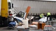 Tragisch: Das zertrümmerte Wohnmobil, in dem eine Familie starb