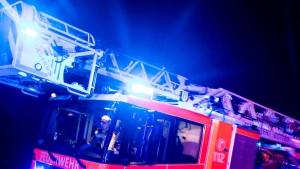 Hochhaus nach Brand vorerst nicht bewohnbar