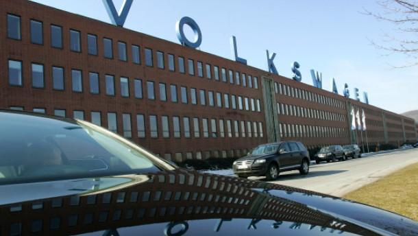 VW nimmt Hausverbot für Opel, Mercedes & Co. zurück