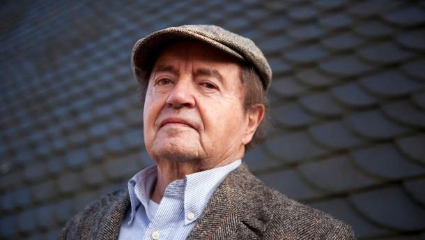Hans Traxler erhält Ludwig-Emil-Grimm-Preis