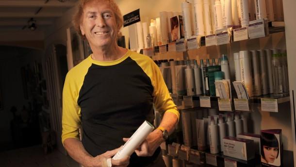 Seine Kunden lädt der Chef ins Haircamp ein