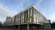 Gegenstand einer lebhaften Debatte: Städtische Bühnen in Frankfurt