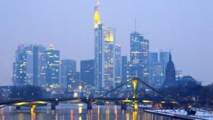 Frankfurts Banken streichen 3000 Stellen