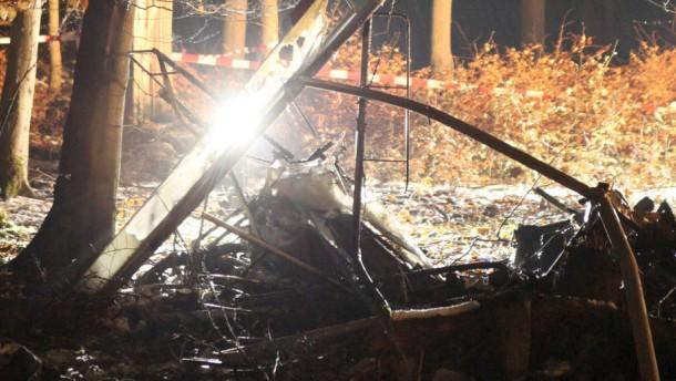 Ursache von Flugzeugabsturz weiter unklar