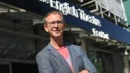 Der Chef: Daniel Nicolai, Intendant des English Theatre in Frankfurt, des größten seiner Art in Kontinentaleuropa