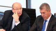 Durchgefallen: Bernd-Erich Vohl (links), Kandidat der AfD für das Amt des stellvertretenden Landtagspräsidenten; rechts Fraktionskollege Klaus Gagel