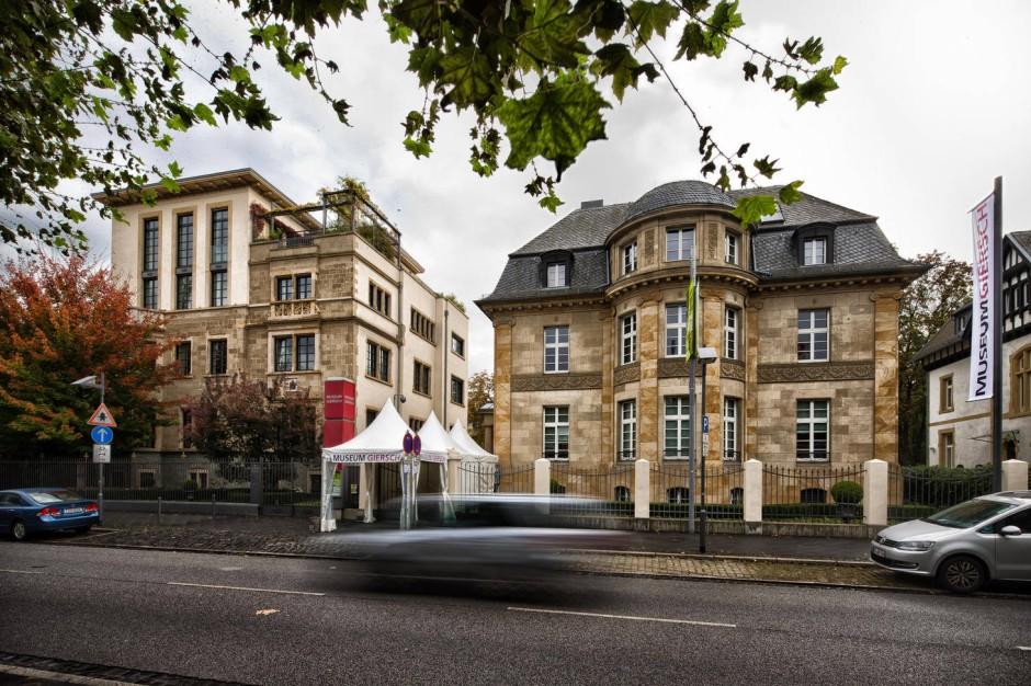 bilderstrecke zu museum giersch in frankfurt wunderbare wandlung bild 1 von 4 faz. Black Bedroom Furniture Sets. Home Design Ideas