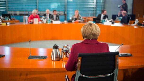 Merkel weist Verantwortung zurück