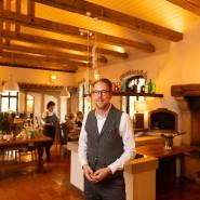 Mehr Licht: Geschäftsführer Oreste Diedert hat das Gasthaus mit seinen Geschwistern renoviert.