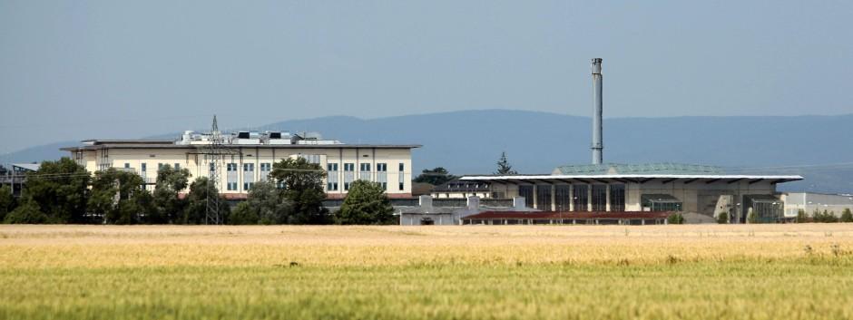 Der idyllische Schein trügt: Im europäischen Hauptquartier des US-Heeres in Wiesbaden soll bald angeblich auch die NSA tätig sein.