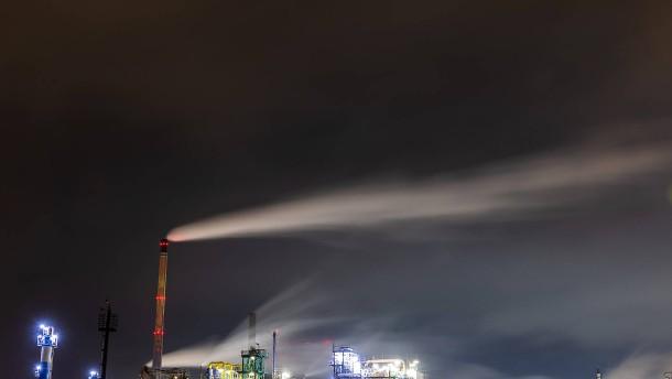 Weißes Pulver in Höchst ungefährlich – Tödlicher Unfall bei Liederbach