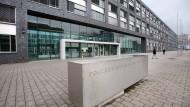 Größter Standort der Frankfurter Ordnungshüter: Polizeipräsidium an der Adickesallee