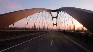 Eine Stadt erlebt ihr Brückenwunder