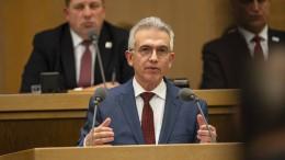 Oberbürgermeister Feldmann räumt Fehleinschätzungen ein