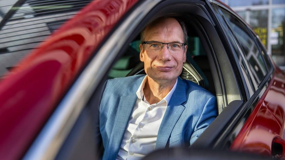 Kapitän: Opel-Chef Michael Lohscheller muss den Autobauer fit für die Zukunft machen