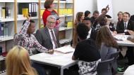 Gauck lobt Gießener Flüchtlingshelfer