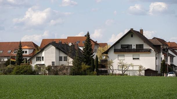 Für Einfamilienhäuser ist der Boden zu teuer