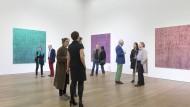 Flanieren, schauen, plaudern: Zum Saisonstart zeigt die Galerie Grässlin den Biennale-Künstler Heimo Zobernig.