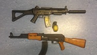 Bewaffnete in Tarnanzug lösen Großeinsatz aus