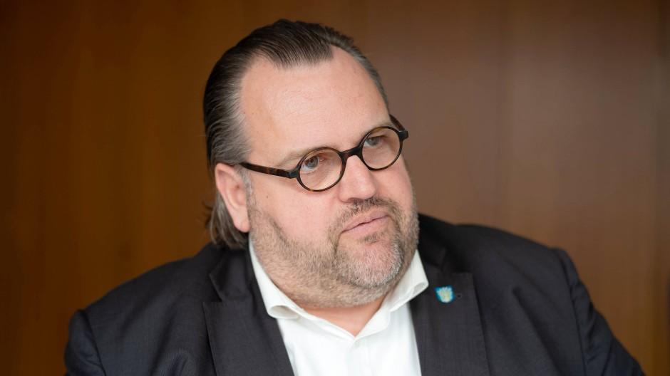 Hat ausdrücklich auf die Risiken hingewiesen: Offenbachs scheidender Kämmerer Peter Freier
